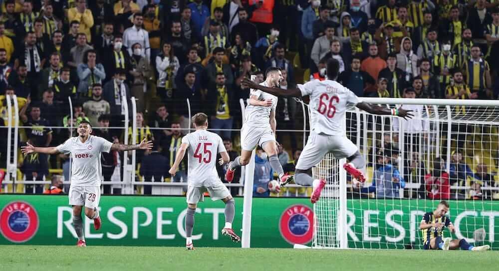 FenerbacheFC_OlympiacosFC_Europa_League_2021_RedVIew